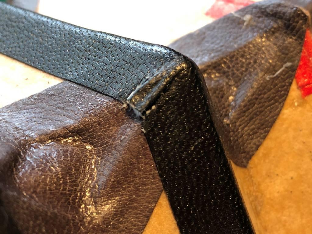革テープを貼るときの頂点の折り返しの処理